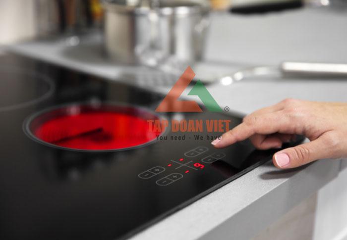 Hướng dẫn cách sửa bếp từ tại nhà khi bếp báo các lỗi E