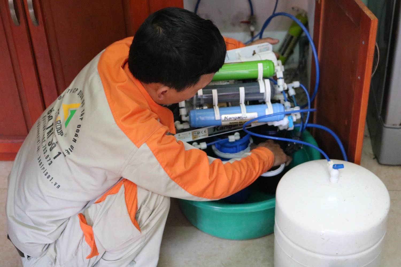 Tham khảo dịch vụ sửa máy lọc nước tại Ba Đình