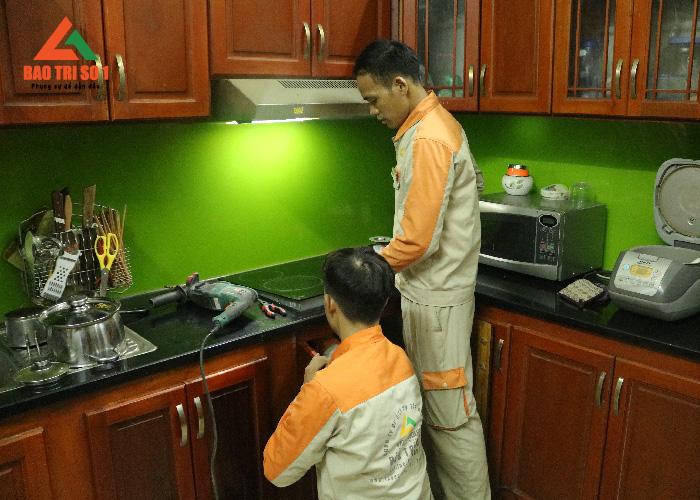 Sửa bếp từ uy tín tại nhà khách hàng