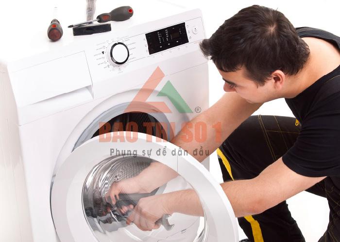 Sửa máy giặt không chạy triệt để